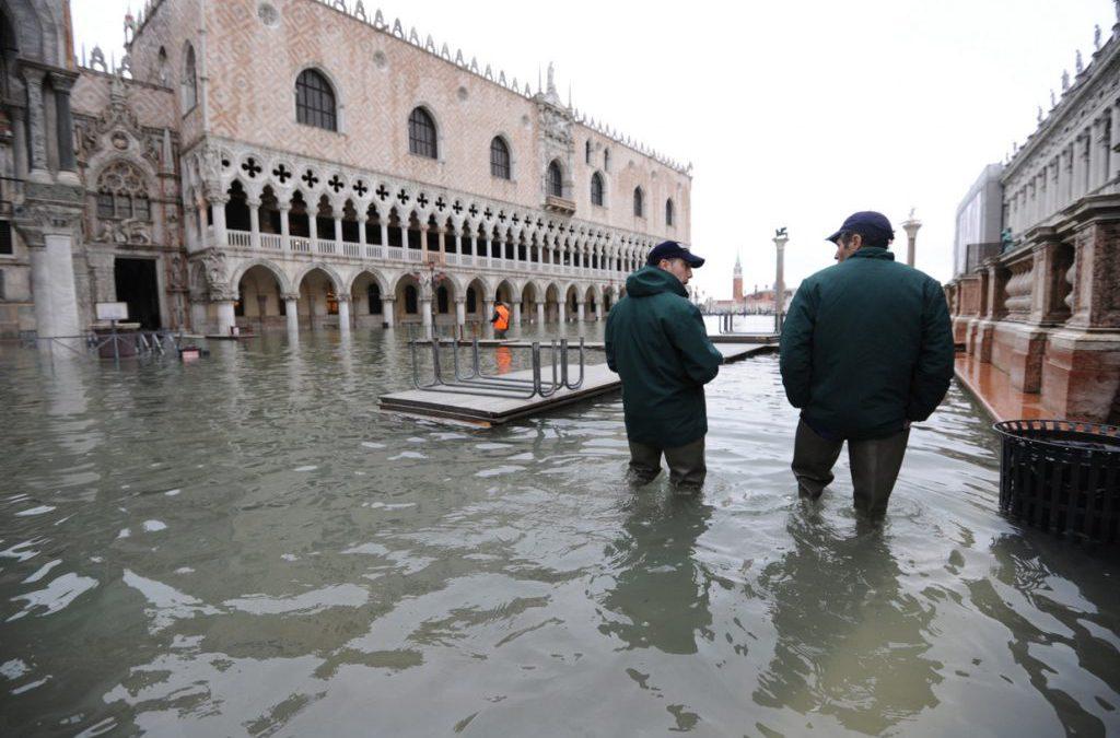 Rialziamo Venezia